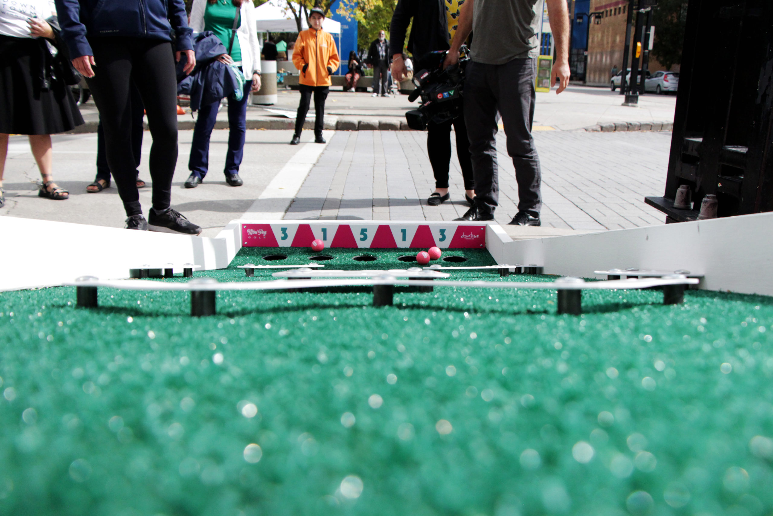 "New Mini Golf ""Course"" Popping Up Downtown"